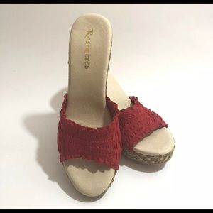 Restricted Red Wedges Size 8 Sandals Jute Canvas